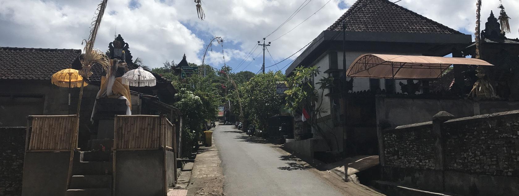 Lembongan Village - Lembongan Sightseeing