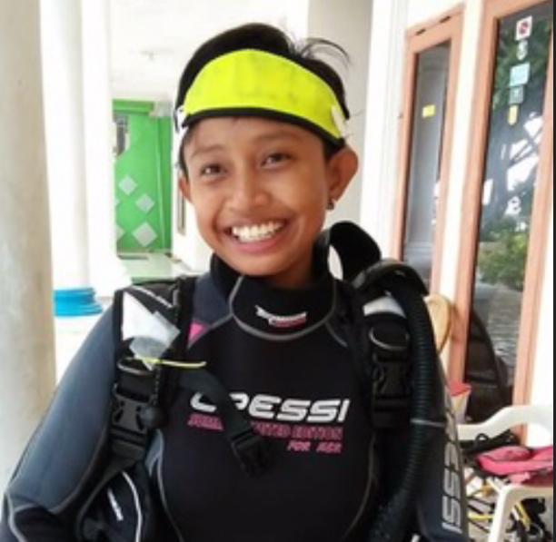 PADI Divemaster Internship in Lembongan - Amanda happy